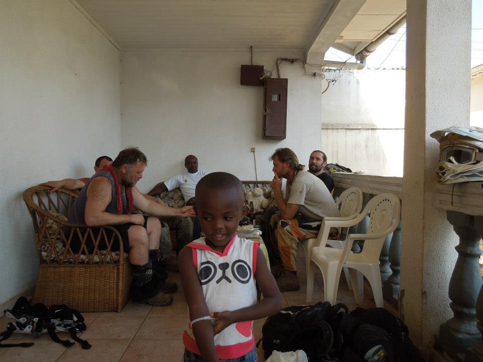 around-afrika-poubes-93